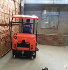 四川扫地车在眉山市汇金艺术陶瓷